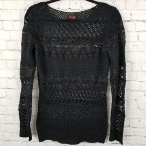 DEX | loose knit lace long sleeve top